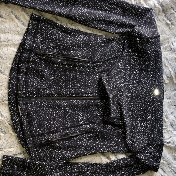 lululemon athletica Jackets & Blazers - i don't want it anymore